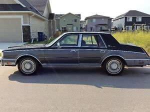 1982 Lincoln Continental Signature Series - 30,000 original Kms
