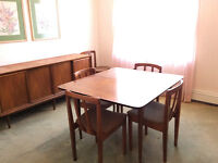 Vintage 60s dining table & buffet