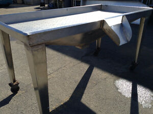 FISH/GAME CLEANING STAINLESS STEEL TABLES