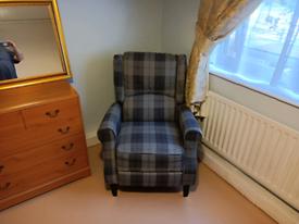 Reclining armchairs X 2