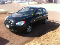 2009 Hyundai Accent MUST SEE 5500$ OBO