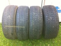 265-70R17  4 pneus