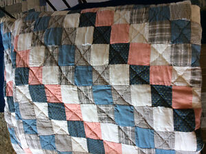Vintage style quilts