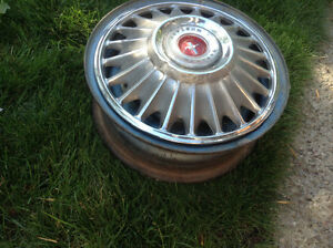 67 -68 Ford Mustang rim and hub cap