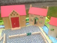 Pintoy wooden farm kids £60