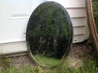 Petit miroir oval / small oval mirror