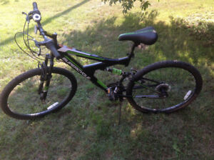 Supercycle Vice Mountain Bike - Black and Green