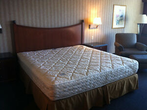 MATELAS KING + SOMMIER (SERTA) KING MATTRESS SET