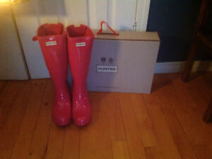 Gorgeous Pink Gloss Hunter Boots with Adjustable Back