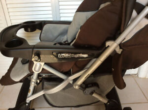 UNO PEROGO STROLLER - EXCELLENT CONDITION
