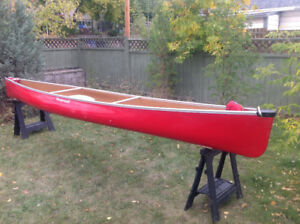 "Wenonah Canoe, Kevlar Solo Tripping ""Encounter"""