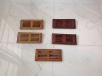 Registres de plancher en bois