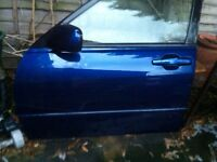 Lexus is200 any door complete £39 blue silver black grey green 98-05 breaking spares is 200 is300