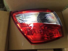 Nissan Qashqai +2 rear light casing 63 plate