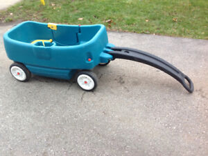 LARGE 2 SEATER W/UNDER SEAT STORAGE WAGON