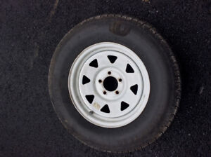 205 75 15 st trailer tire and rim 4 1/ 2 x 5 lugs