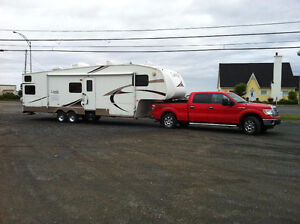 Roulottes ,Fifth Wheel Laredo 30 BH 2007