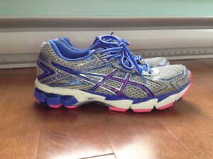 ASICS Gel Running Shoes size 6 (youth 4.5)