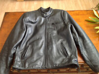 Mens Good Qualty Leather Jacket. Size l