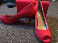 Red comfort high heels size 5