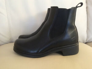 Like New Dansko Black Boots Size 8