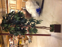 Artificial tree/plant