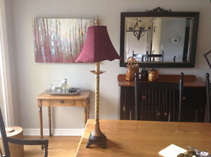 Table lamp with wine coloured shade