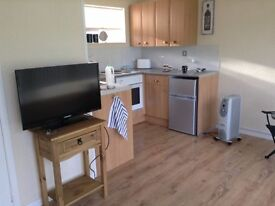 HOLIDAY CHALET WEST WALES NEWQUAY FORSALE