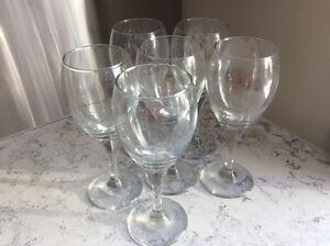 Six Libby 8 1/2oz Teardrop Wine Glasses