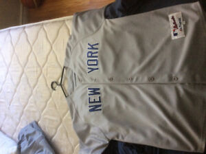 Selling a New York Yankees Jersey