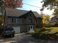 GRAND BEND UPSCALE COTTAGE, Prime weeks available!!