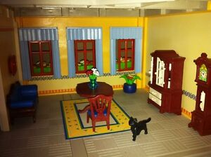 Playmobil Victorian Mansion - with furniture and poeple West Island Greater Montréal image 7