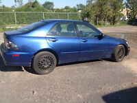 2002 Lexus IS 300 w/Premium Sedan