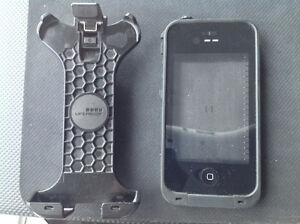 Iphone cellphone Life proof and Otter cases for Iphone. $20 OBO