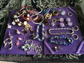Large amount of costum jewellery