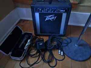 Peavey Solo portable PA amp w/ Mic & stand