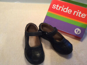 Girls Classic Leather shoes size 10