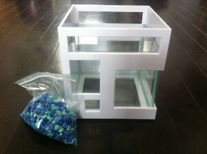 Umbra Aquarium-condo pour poisson Beta