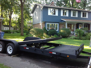 Tandem axle trailer, 7500# capacity, pivoting bed West Island Greater Montréal image 1