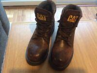 CAT BOOTS - Size 4