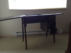 SEWING TABLE - excellent condition