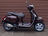 Piaggio Vespa GTS 125. 2013. Delivery Available *Credit & Debit Cards Accepted*