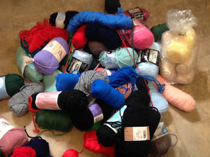 Knitting Wool for Hand Made Clothes Large Lot Of 80+ 2 Boxes $80 Kitchener / Waterloo Kitchener Area image 4