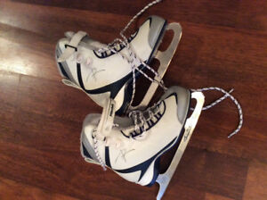 Riedell youth/women skates size 4 (6)