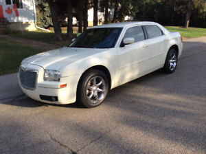 2007 Chrysler 300-Series touring Sedan AWD 3.5  leather TRADE