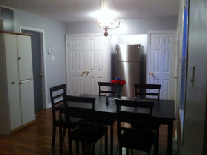2 Bedrooms ONLY 20MINS WALK FROM MUN FOR RENT