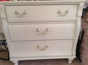 Stanley Young America Caroline 3 drawer dresser/chest