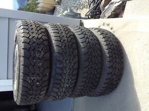 set of 4 studded tires for Aveo