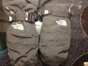 NORTHFACE youth Size large mittens