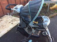 Graco pushchair with rain cover & cosytoes